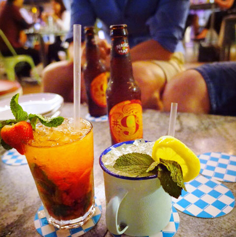 OverEasy Bar and Diner at One Fullerton