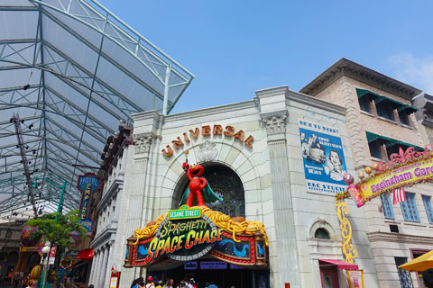 Universal Studios Singapore - easter egg hunt - Resort World Sentosa